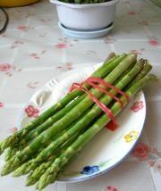 蘆筍拌蝦仁的做法圖解1