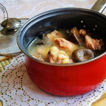 小雞野菇湯