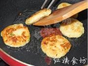 香煎土豆蝦仁餅的做法圖解14