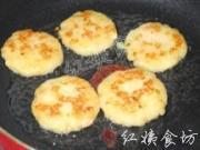 香煎土豆蝦仁餅的做法圖解15