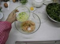 翡翠芙蓉雞片湯的做法圖解1