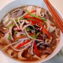 牛肉汆兒燴麵