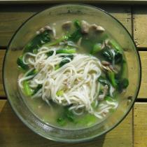 電鍋青菜蘑菇肉絲麵