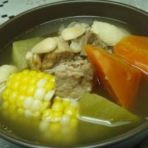 紅蘿卜豬肉湯
