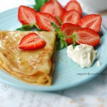 草莓煎餅的做法