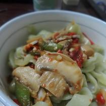 香腸口蘑菠菜麵