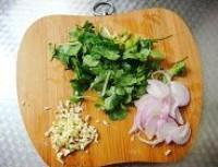 涼拌蜆子肉的做法圖解1