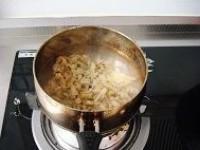 涼拌蜆子肉的做法圖解2