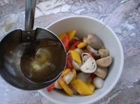 熗拌草菇的做法圖解5