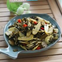 咸榨菜芯炒春筍的做法