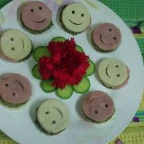 笑臉香椿漢堡的做法