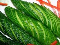 涼拌扭條黃瓜的做法圖解4