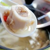 菌菇牛髓湯