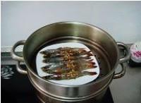 蒜蓉開背蝦的做法圖解7