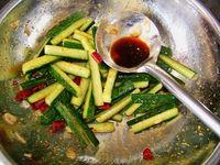 雙椒脆黃瓜條的做法圖解8