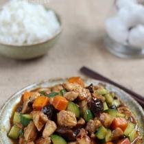 香菇豆豉醬爆雞丁