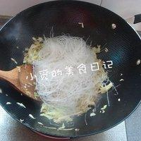 捲心菜炒粉絲的做法圖解4