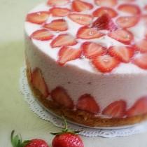 草莓慕斯的做法