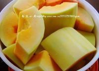 木瓜黃豆牛尾湯的做法圖解2