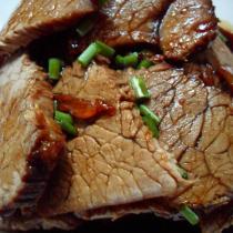 五香滷牛肉