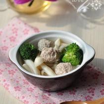海鮮菇丸子湯