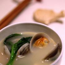蛤蜊汆鯽魚