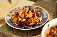 梅乾菜香菇蒸排骨的做法圖解4