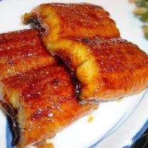 在傢自制日式烤鰻魚