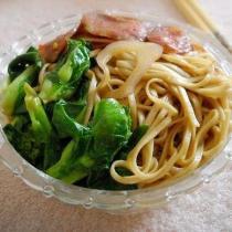 臘腸青菜炒麵