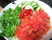 傣式涼拌黃瓜的做法圖解2