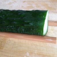涼拌蓑衣黃瓜的做法圖解3