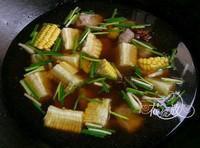 紅燒玉米排骨的做法圖解5